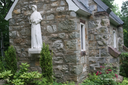 "Statue of St. Elizabeth Ann Seton on the back of the Corpus Christi Chapel overlooking ""Mother Seton's Rock"" (built in 1906 to replace the original)"